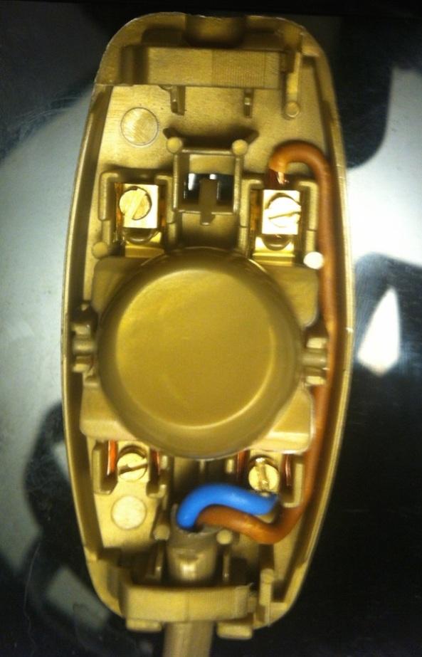 11-cablage-interrupteur-lampe-tv